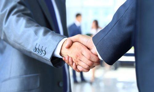 Hợp tác làm ăn, kinh doanh phát triển dựa vào cung mệnh hợp nhau